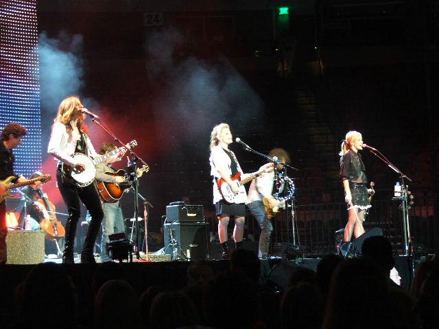 File:Dixie Chicks in Austin, Texas.jpg