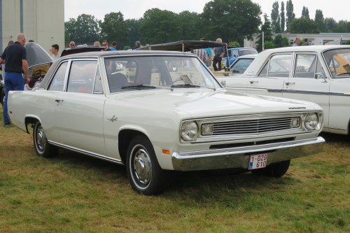 small resolution of plymouth valiant wikipedia 1973 plymouth duster get free image about wiring as well 1970 plymouth
