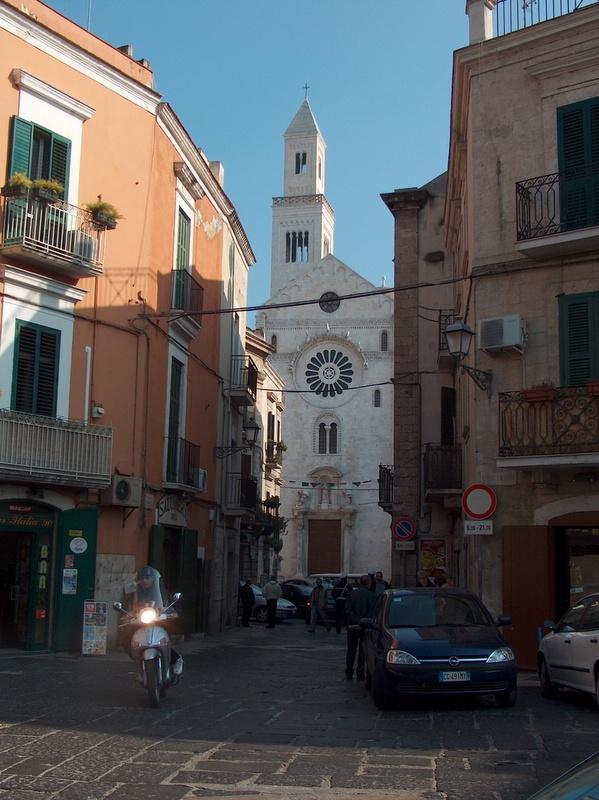 Monumenti e luoghi dinteresse di Bari  Wikipedia