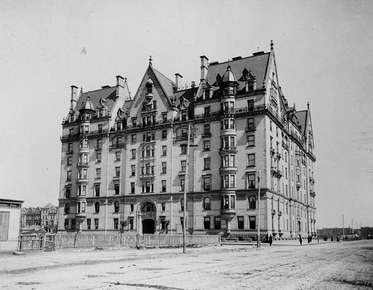 File:Dakota Building and Central Park West circa 1880 119925pv.jpg