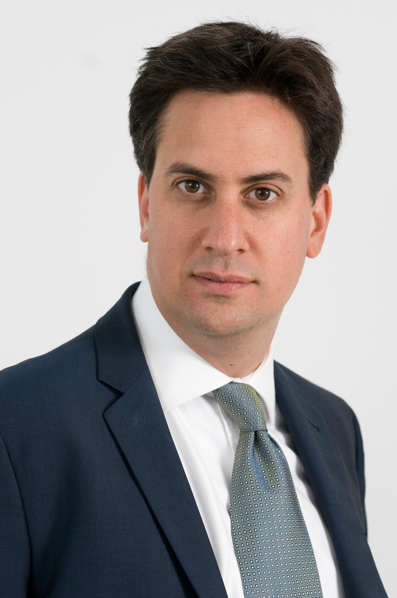 https://i0.wp.com/upload.wikimedia.org/wikipedia/commons/8/8f/Ed_Miliband.jpg