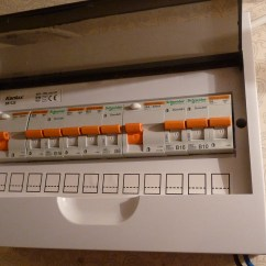 Fuse Board Wiring Diagram Domestic 2002 Dodge Neon Radio Interruptor Diferencial Wikiwand