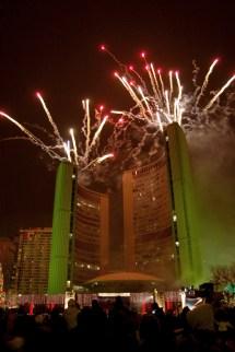 File Fireworks Toronto City Hall - Wikimedia