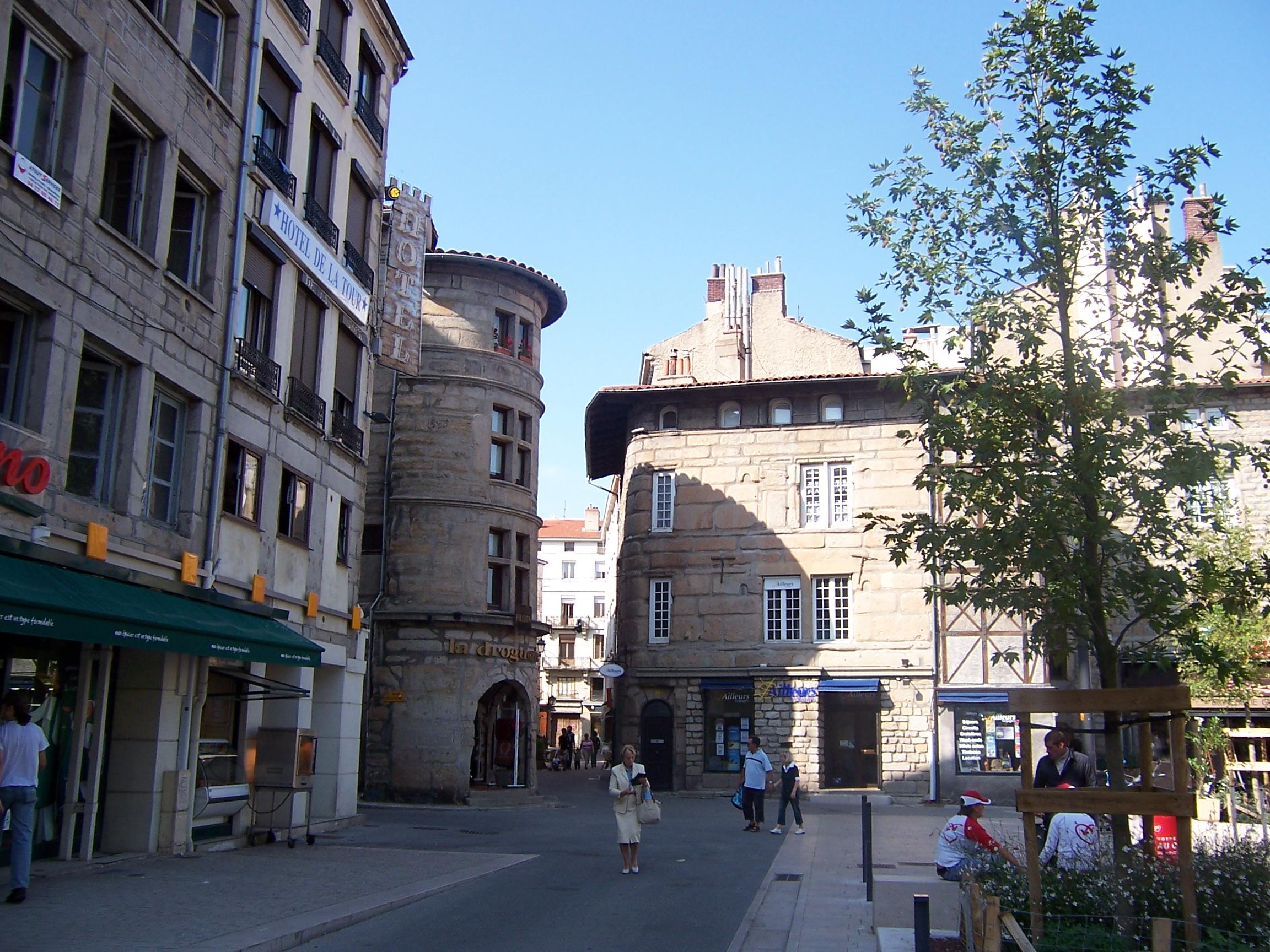 Fichier Tour De La Droguerie1 Jpg Wikipedia