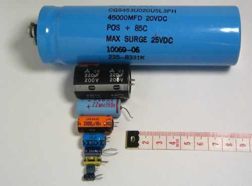 small resolution of file electrolytic capacitors jpg