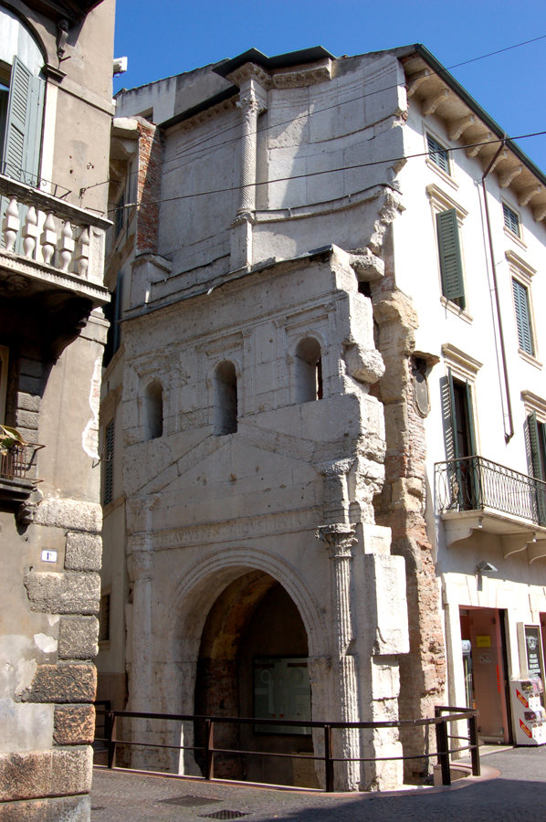 Porta Leoni  Wikipedia