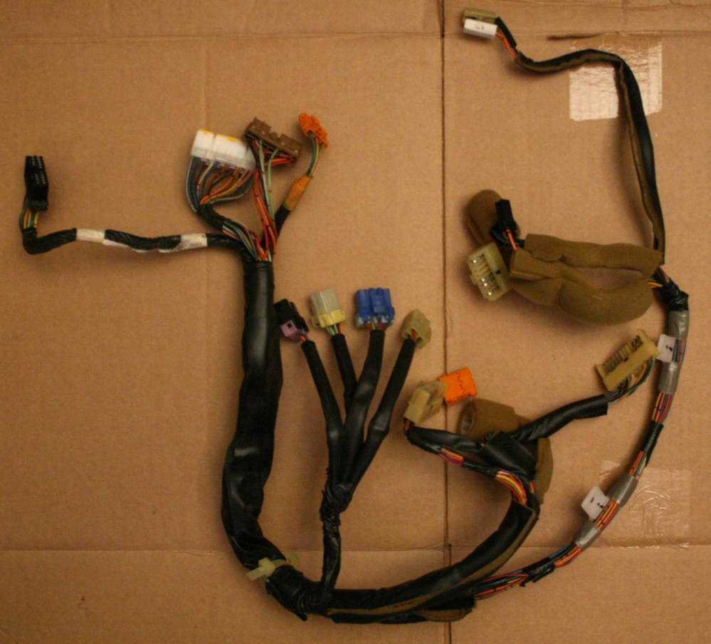 medium resolution of file 2008 04 17 geo storm instrument cluster wiring harness jpg