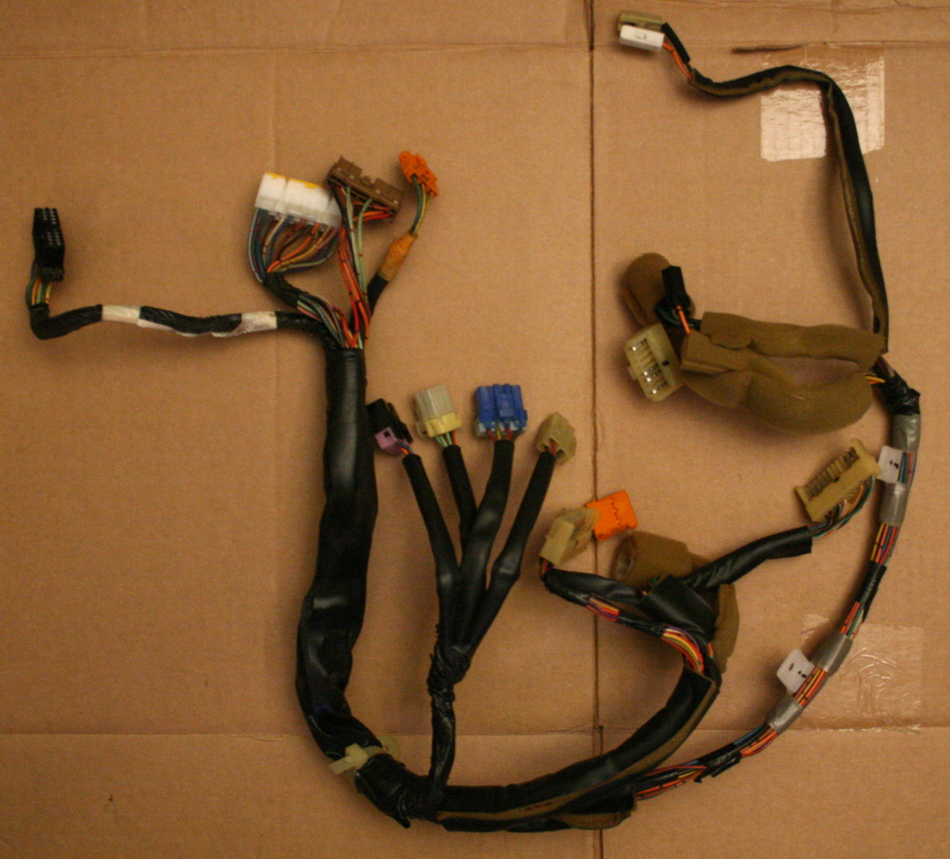 hight resolution of file 2008 04 17 geo storm instrument cluster wiring harness jpg