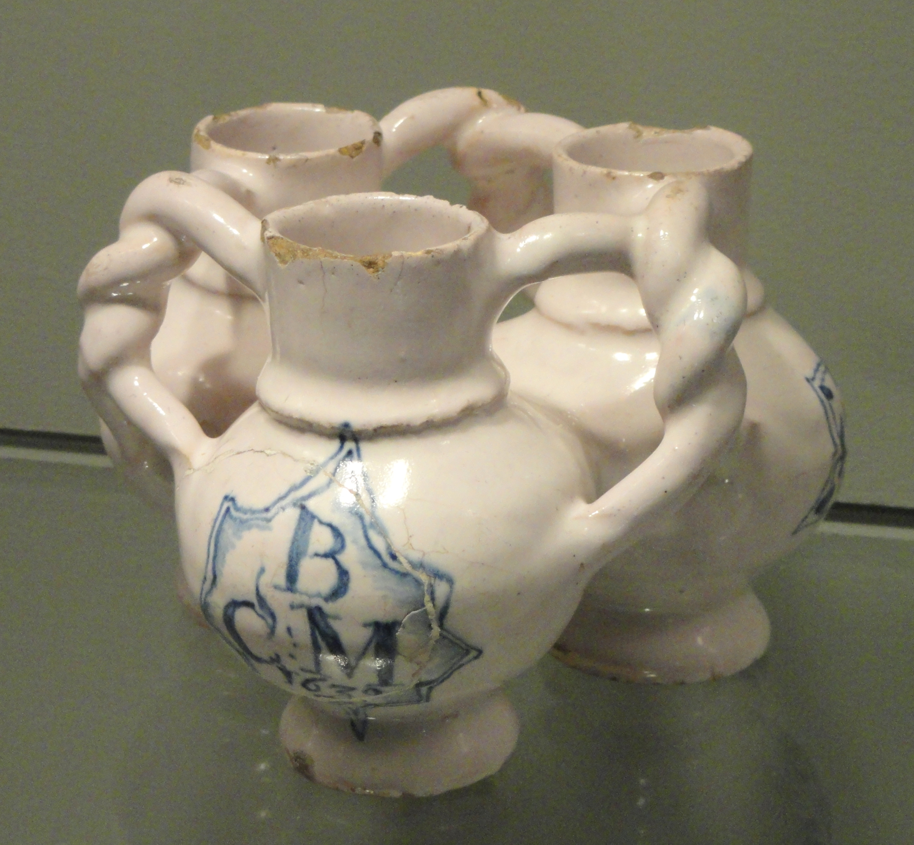 file fuddling cup dated