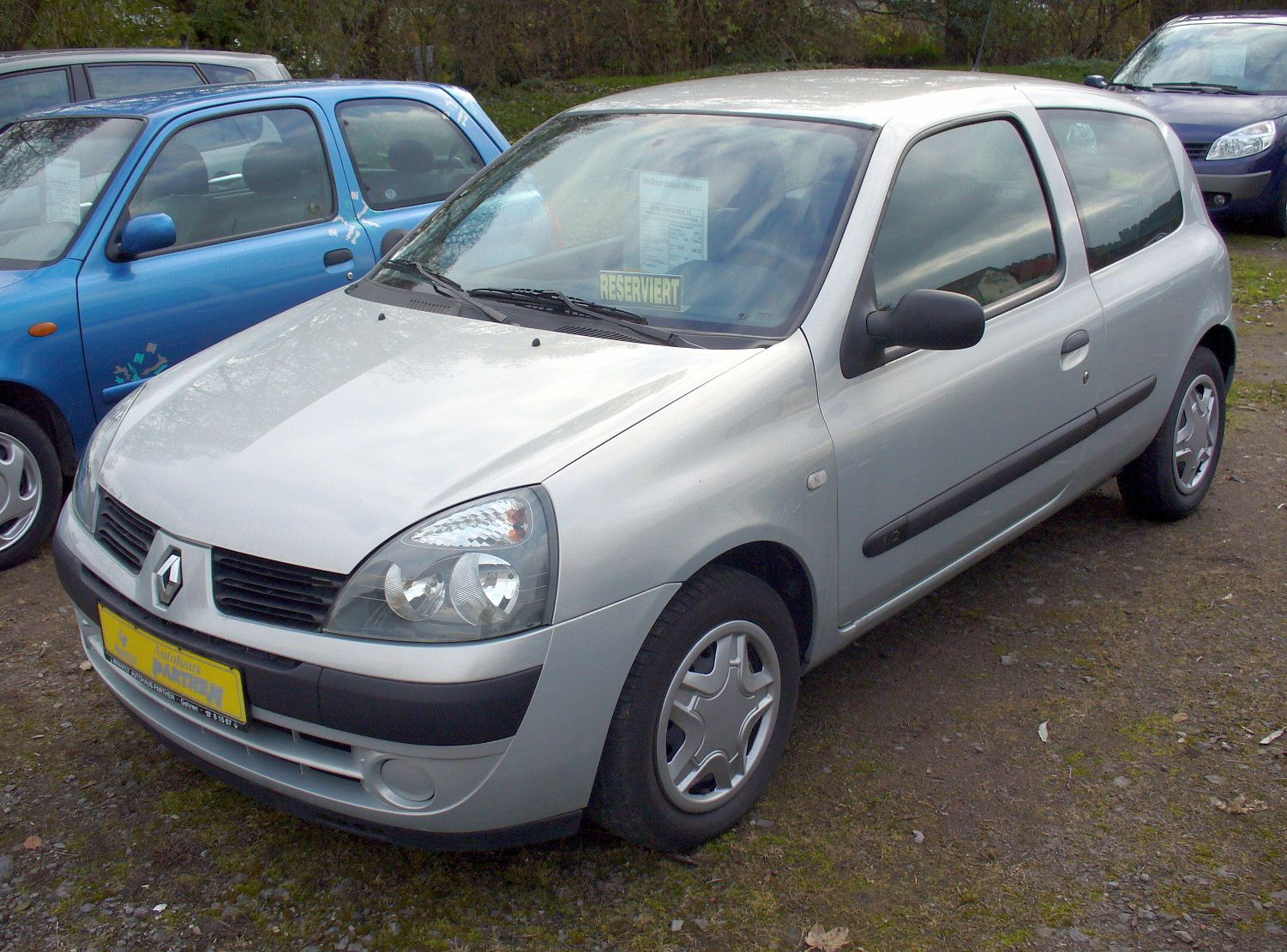hight resolution of file renault clio ii phase ii 1 2 confort authentique jpg