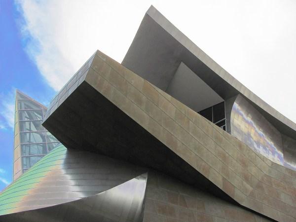 Taubman Museum Of Art - Wikipedia