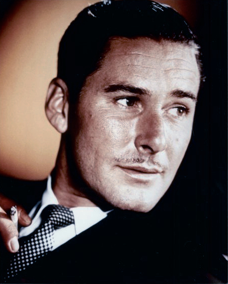 https://i0.wp.com/upload.wikimedia.org/wikipedia/commons/9/95/Errol_Flynn1.jpg