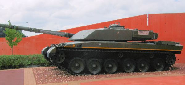 File Challenger 1 Tank Bovington Museum - Dorset