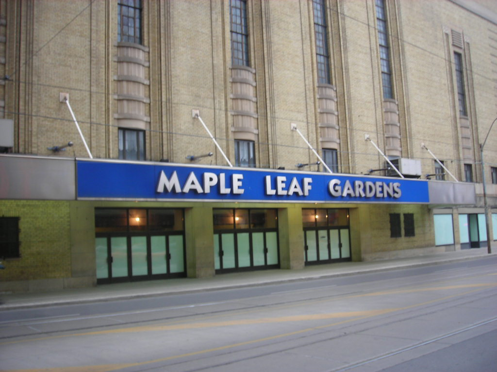 25 Vintage Photographs from Maple Leaf Gardens  Indie88