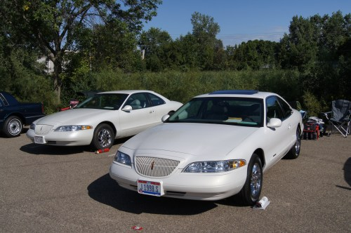 small resolution of file 98 lincoln continental mark viii 7811309350 jpg
