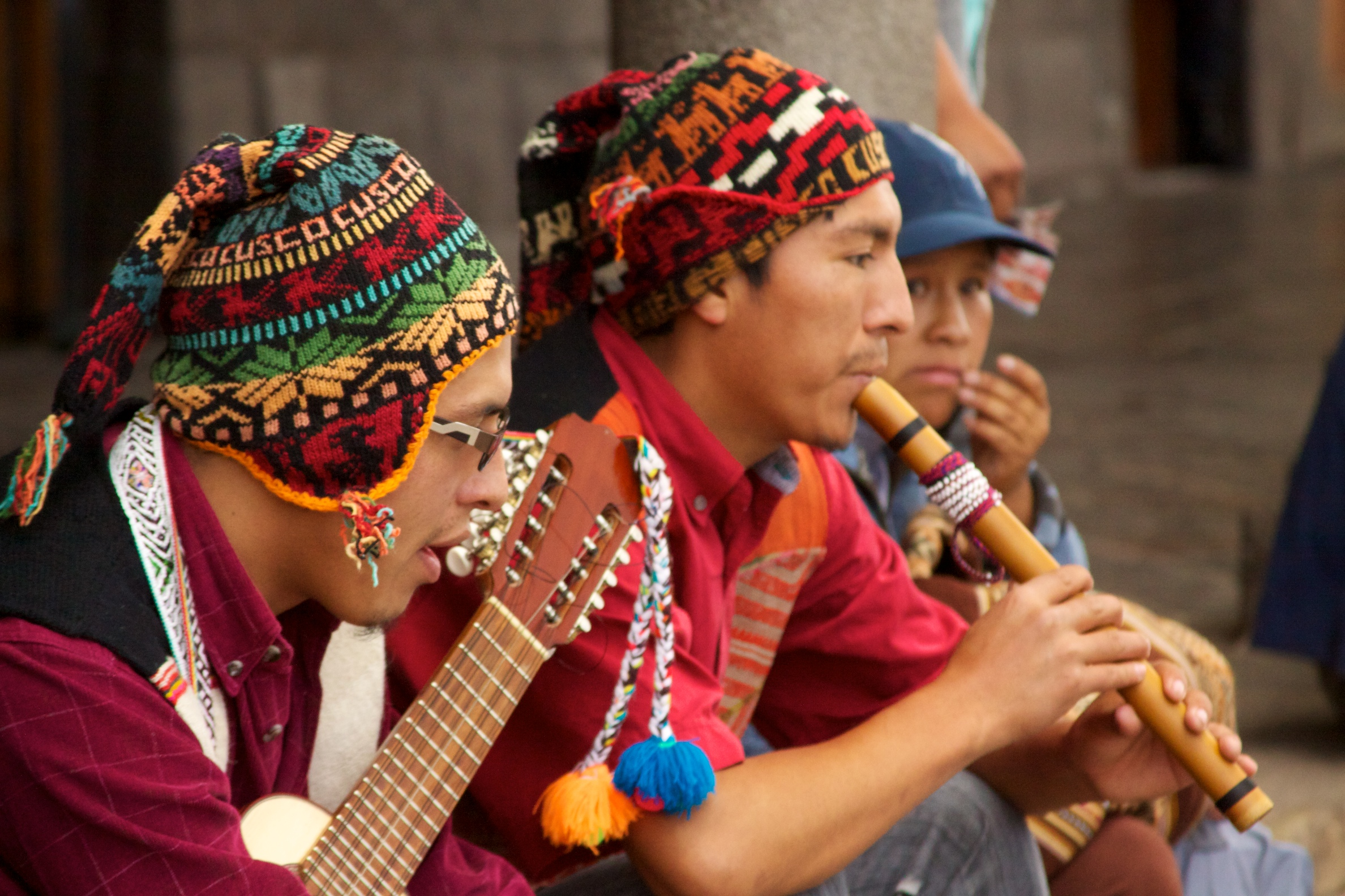 discover the traditional music