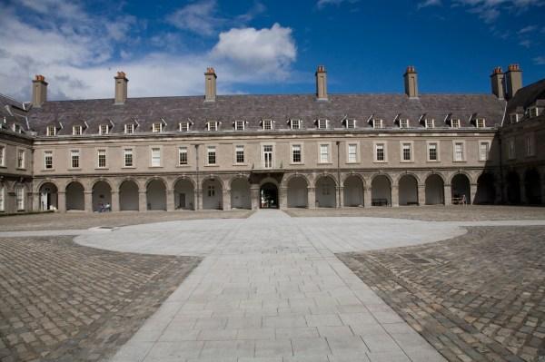 File Courtyard Of Irish Museum Modern