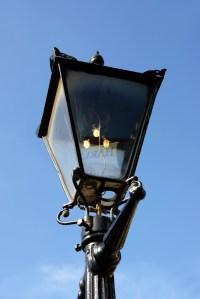 Fichier:Canterbury Club, Christchurch, gas lamp.jpg ...