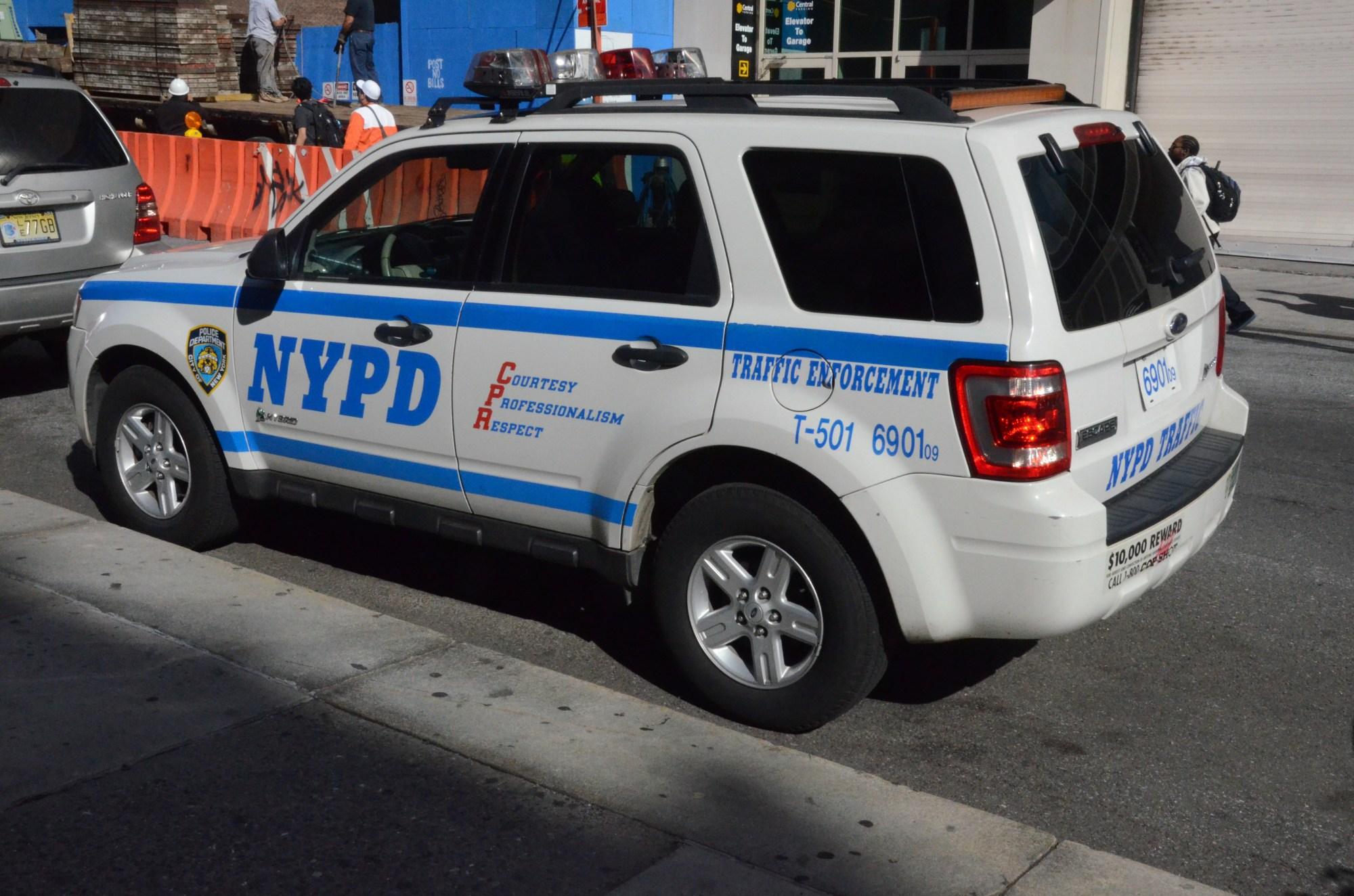 hight resolution of description nypd traffic ford escape jpg