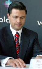 Peña Nieto as Governor of the State of Mexico in 2006.