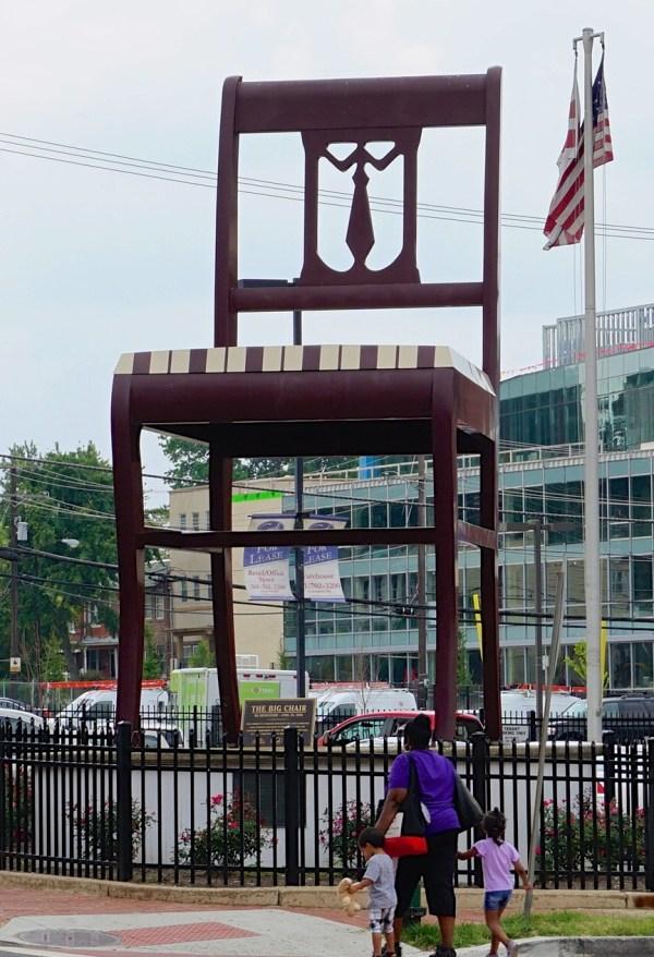 Chair Sculpture - Wikipedia