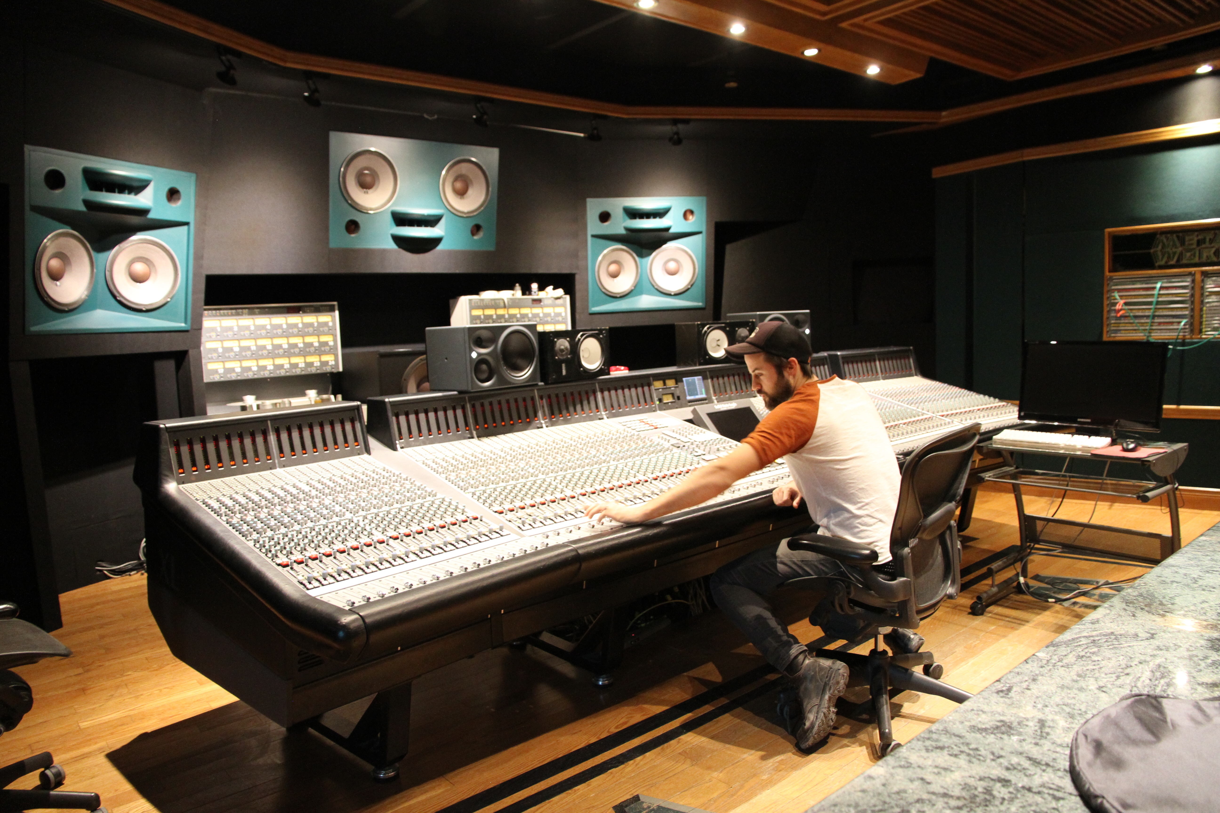 How to Figure Out Your Audio Engineering Rate