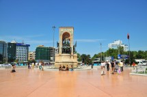 Taksim Square - Wikipedia