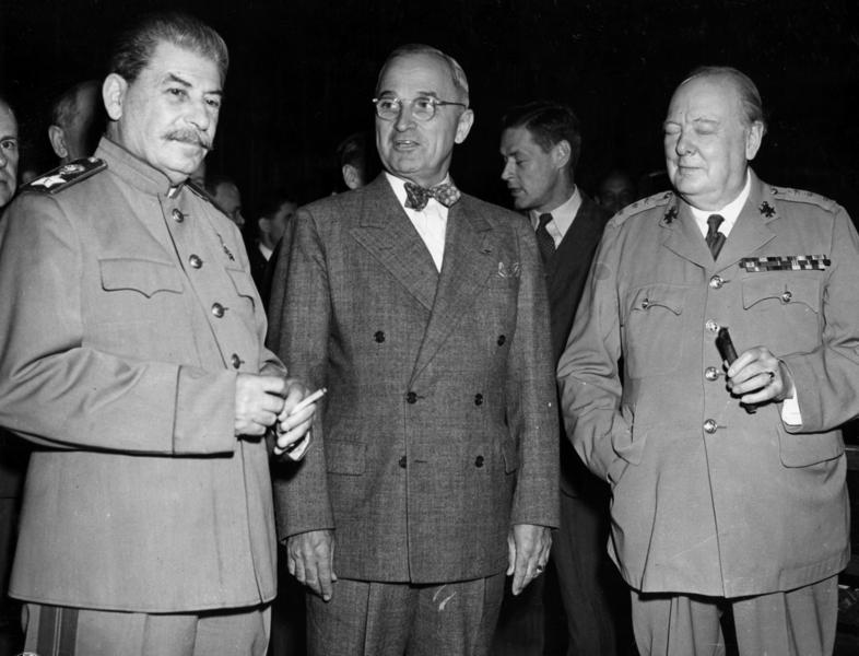 https://i0.wp.com/upload.wikimedia.org/wikipedia/commons/9/9e/Potsdam_conference_1945-3.jpg