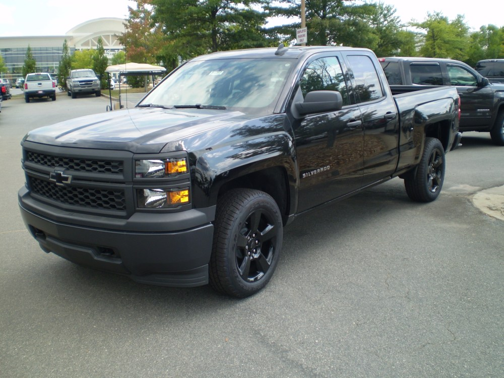 medium resolution of file 2015 chevrolet silverado wt double cab standard bed black out edition observe jpg