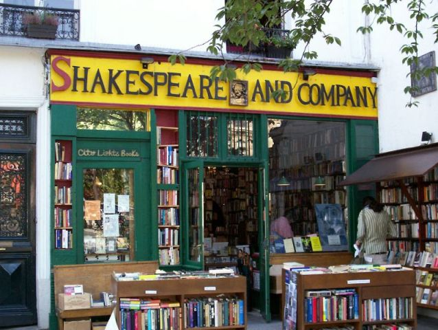 File:01 Shakespeare and Company.jpg