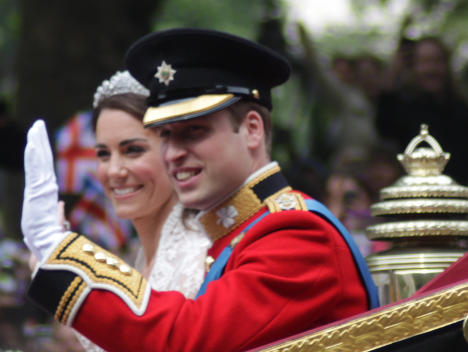 All_smiles_Wedding_of_Prince_William_of_Wales_and_Kate_Middleton.jpg (1569×1179)