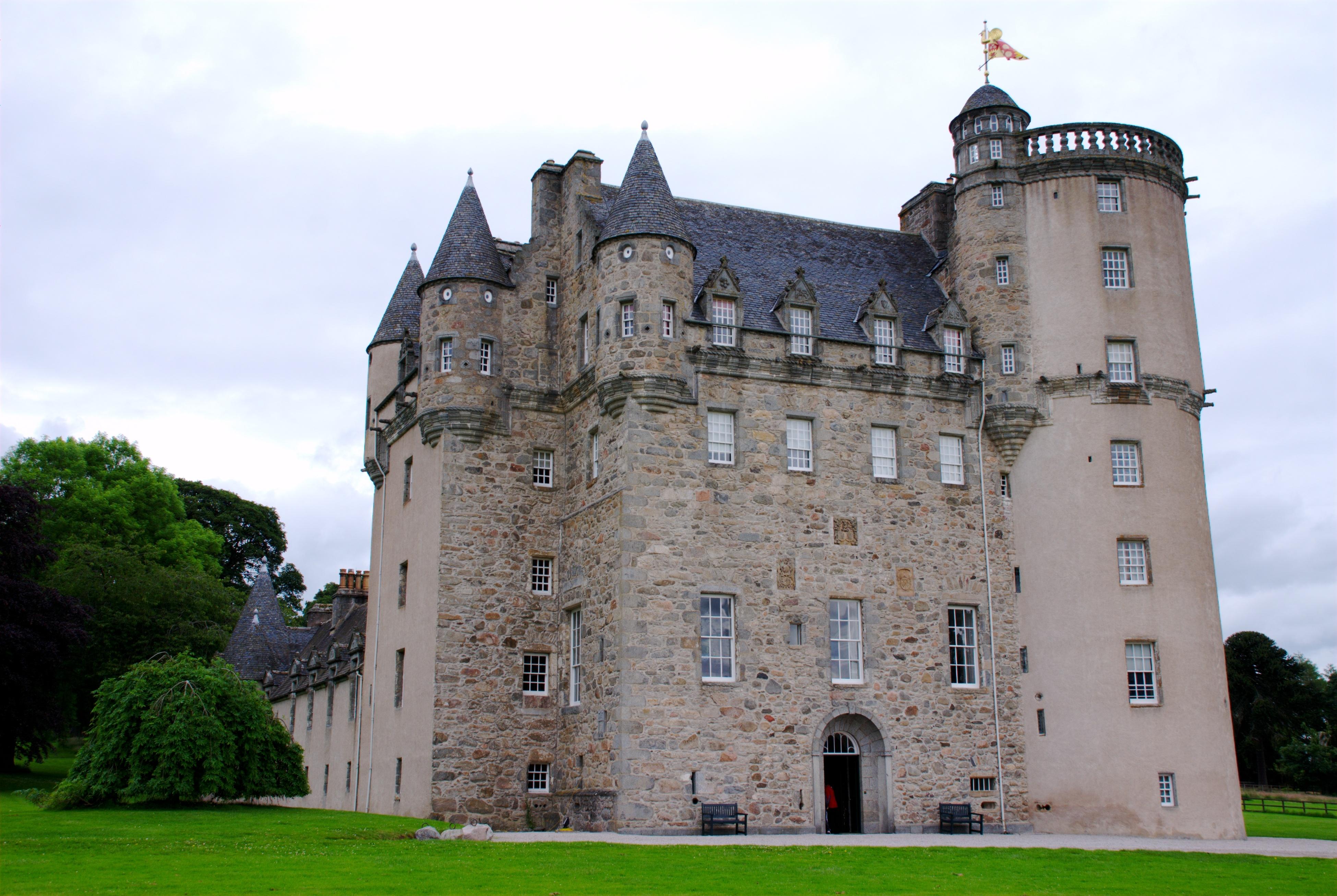 scottish castle floor plans ideasidea medieval house floor plans l wiki file castle fraser full view