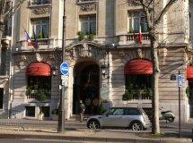 File Tel Raphal Paris - Wikimedia Commons