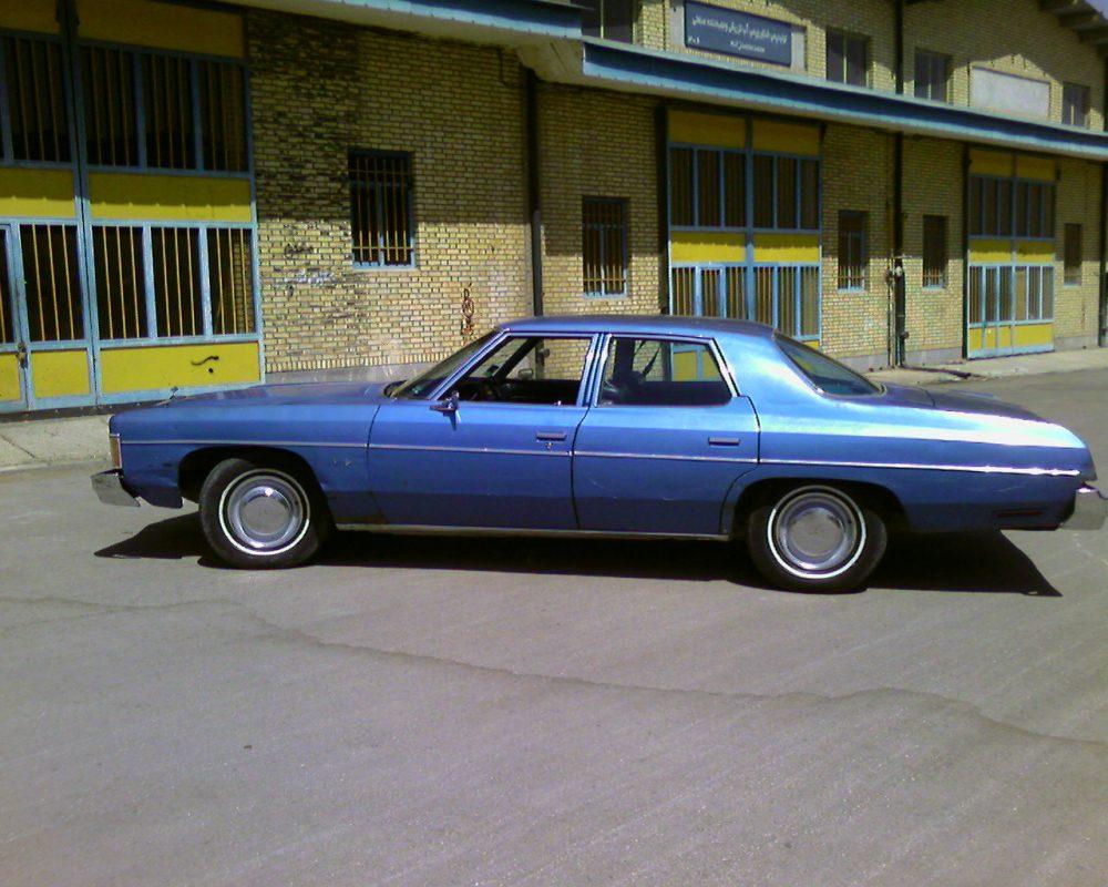 medium resolution of file 1974 chevrolet impala right side jpg