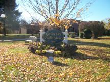 File Garden City Ny Public Library; Sign