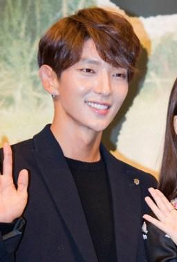 "Lee Jun-ki at ""Moon Lovers - Scarlet Heart Ryeo"" press conference, 24 August 2016 01"