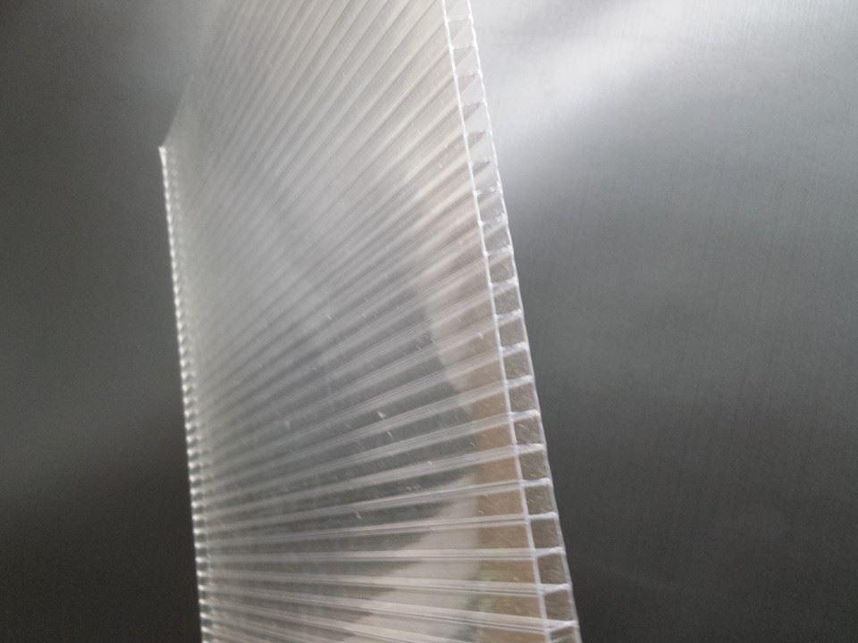 File:Twinwall Polycarbonate Sheet.jpg