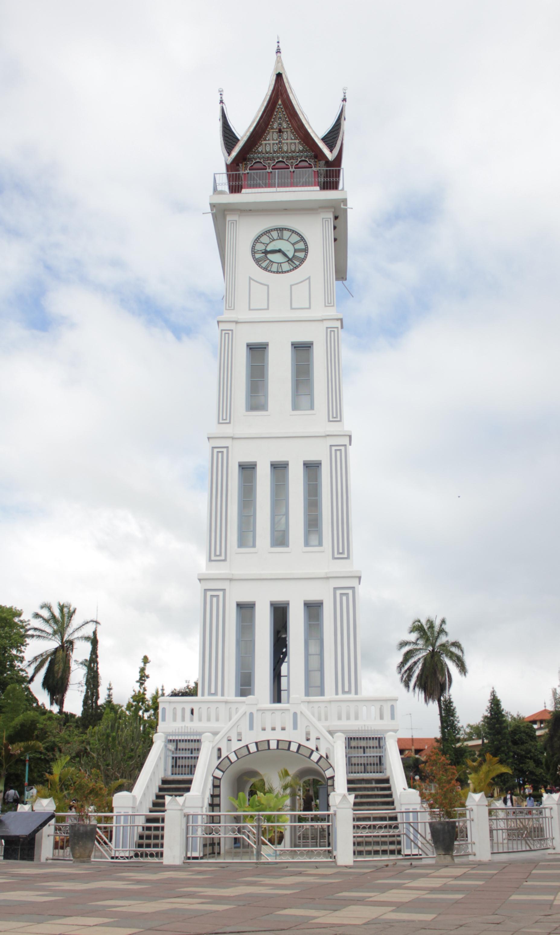 Jam Gadang Ikon Kota Bukittinggi  Bangsaid