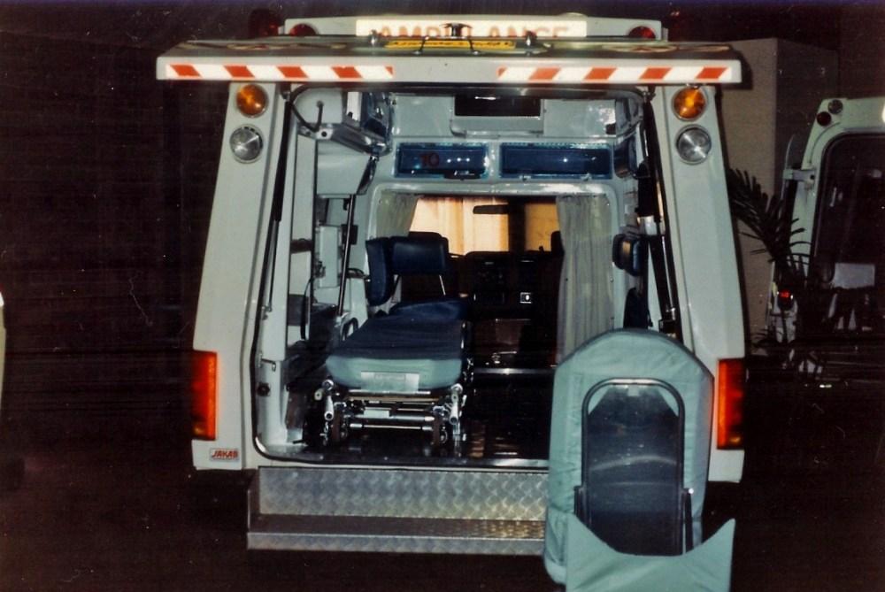 medium resolution of file 1988 ford f 250 prototype 6 wheeled ambulance 5344711260 jpg