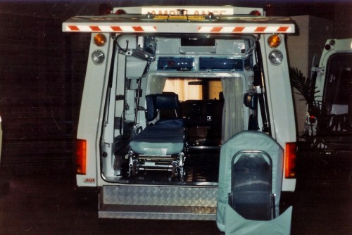 small resolution of file 1988 ford f 250 prototype 6 wheeled ambulance 5344711260 jpg