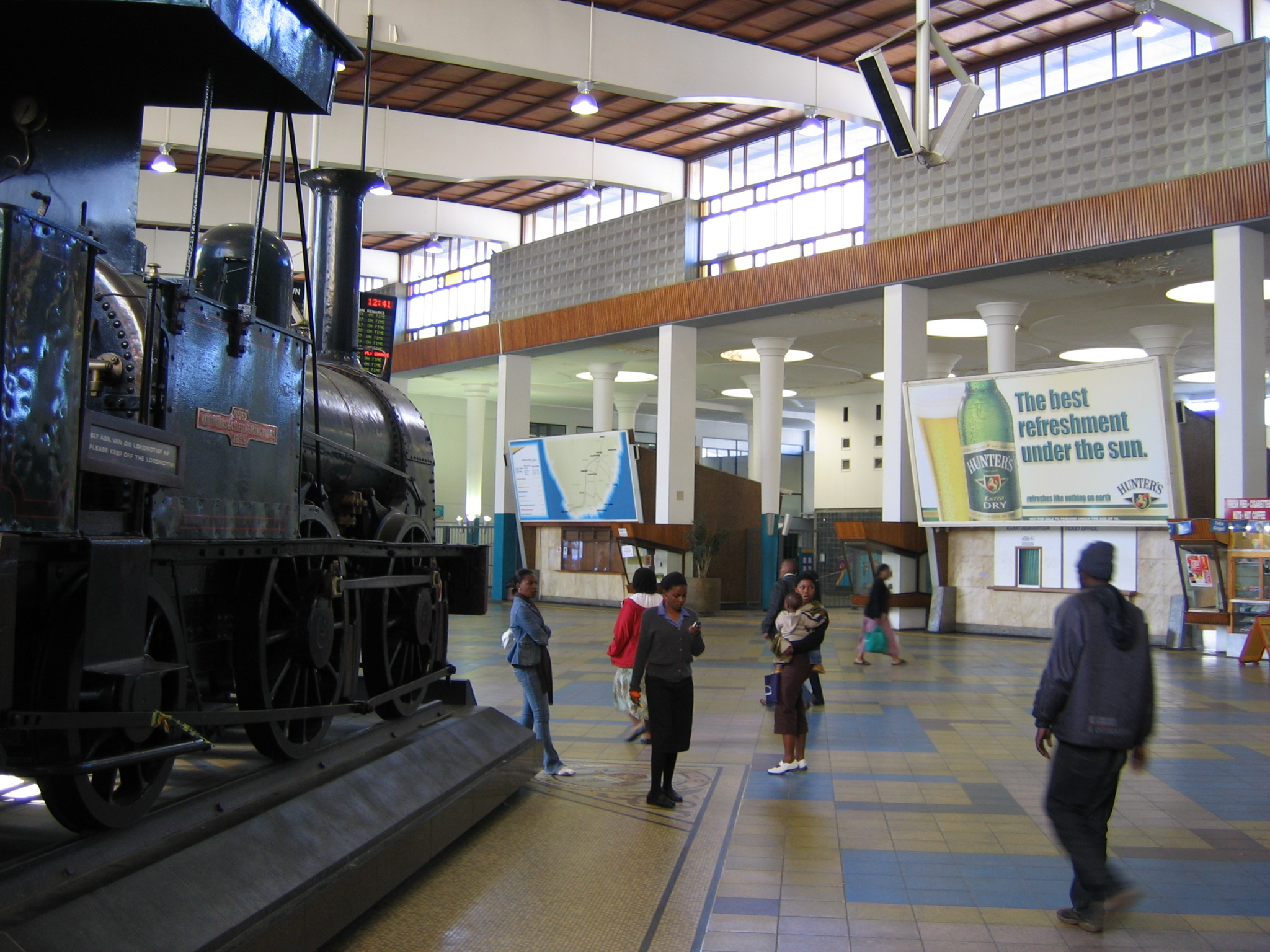 FileCape Town Station Interior 2jpg  Wikimedia Commons