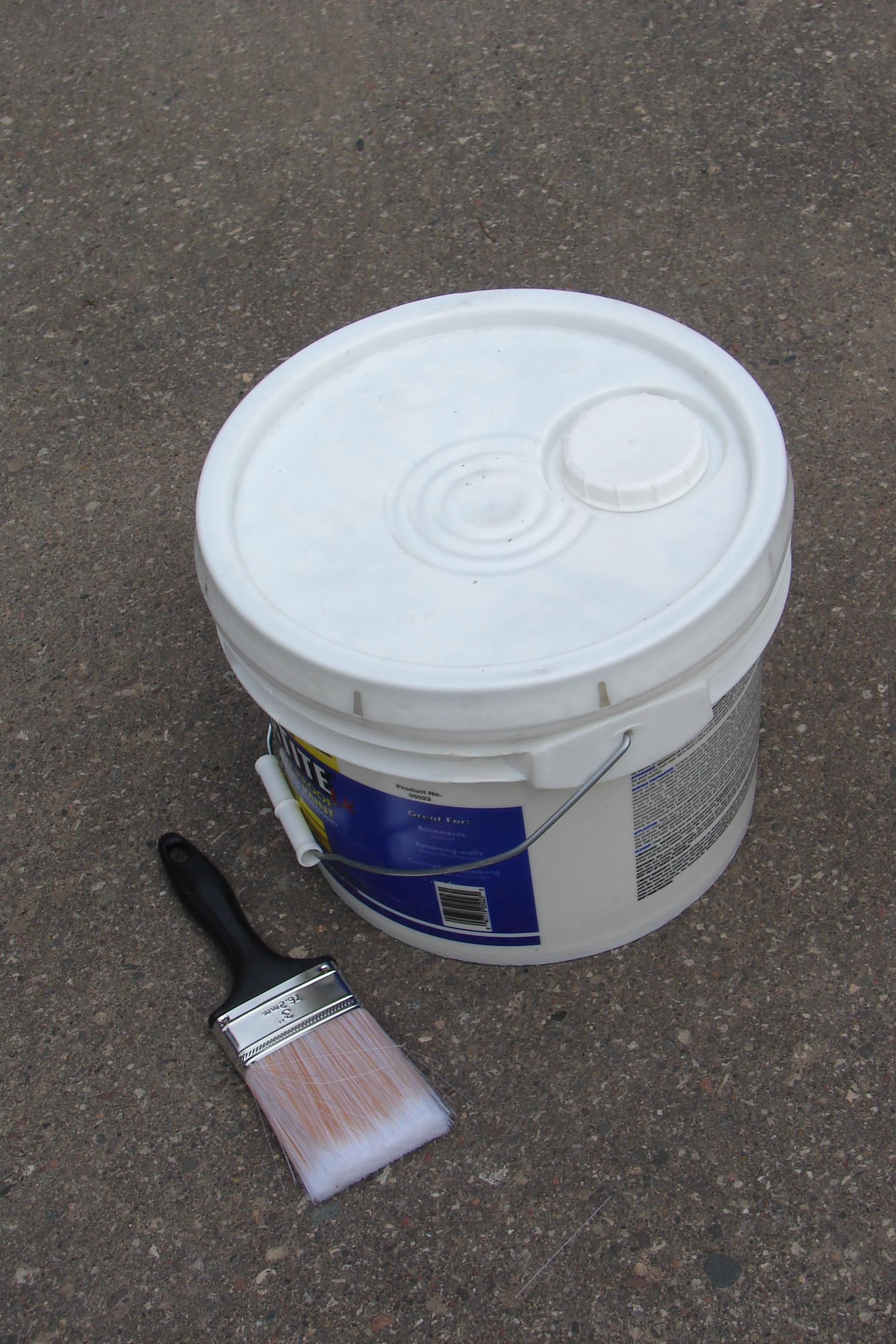 How To Open 5 Gallon Paint Bucket : gallon, paint, bucket, (container), Wikipedia