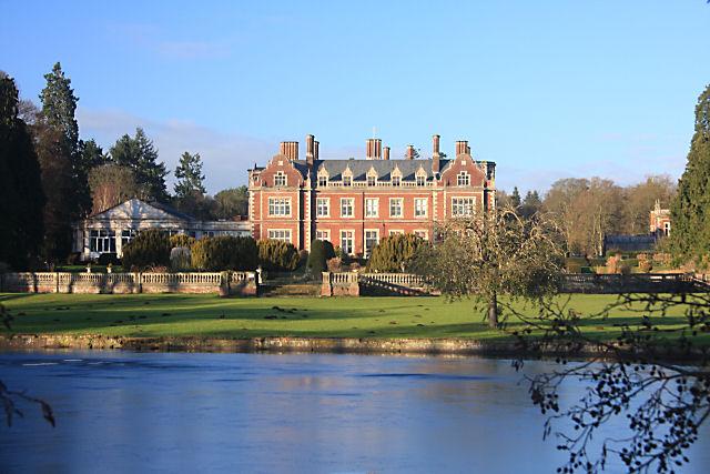 Lynford Hall  Wikipedia