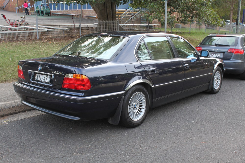 medium resolution of file 2000 bmw 740il e38 sedan 27204434416 jpg