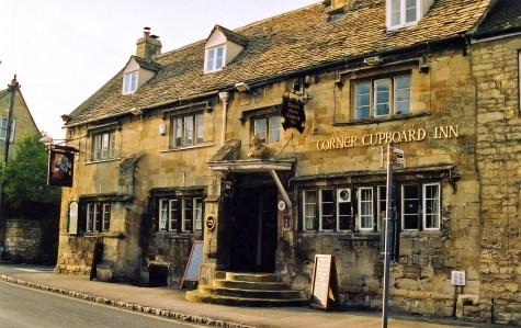 File:The Corner Cupboard Inn, Winchcombe, Gloucestershire, England