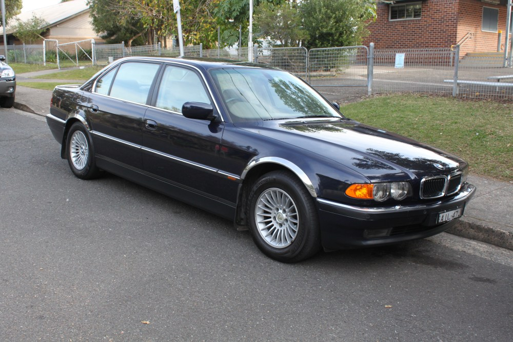 medium resolution of file 2000 bmw 740il e38 sedan 26963405230 jpg