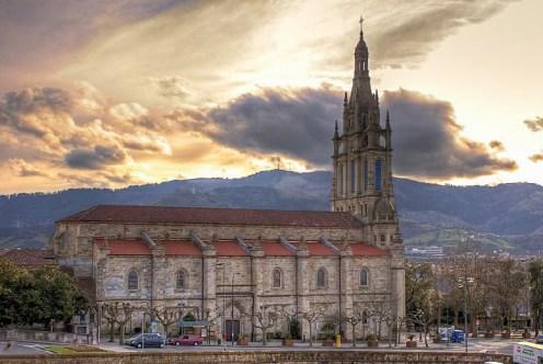 Znalezione obrazy dla zapytania Basilica of Begoña
