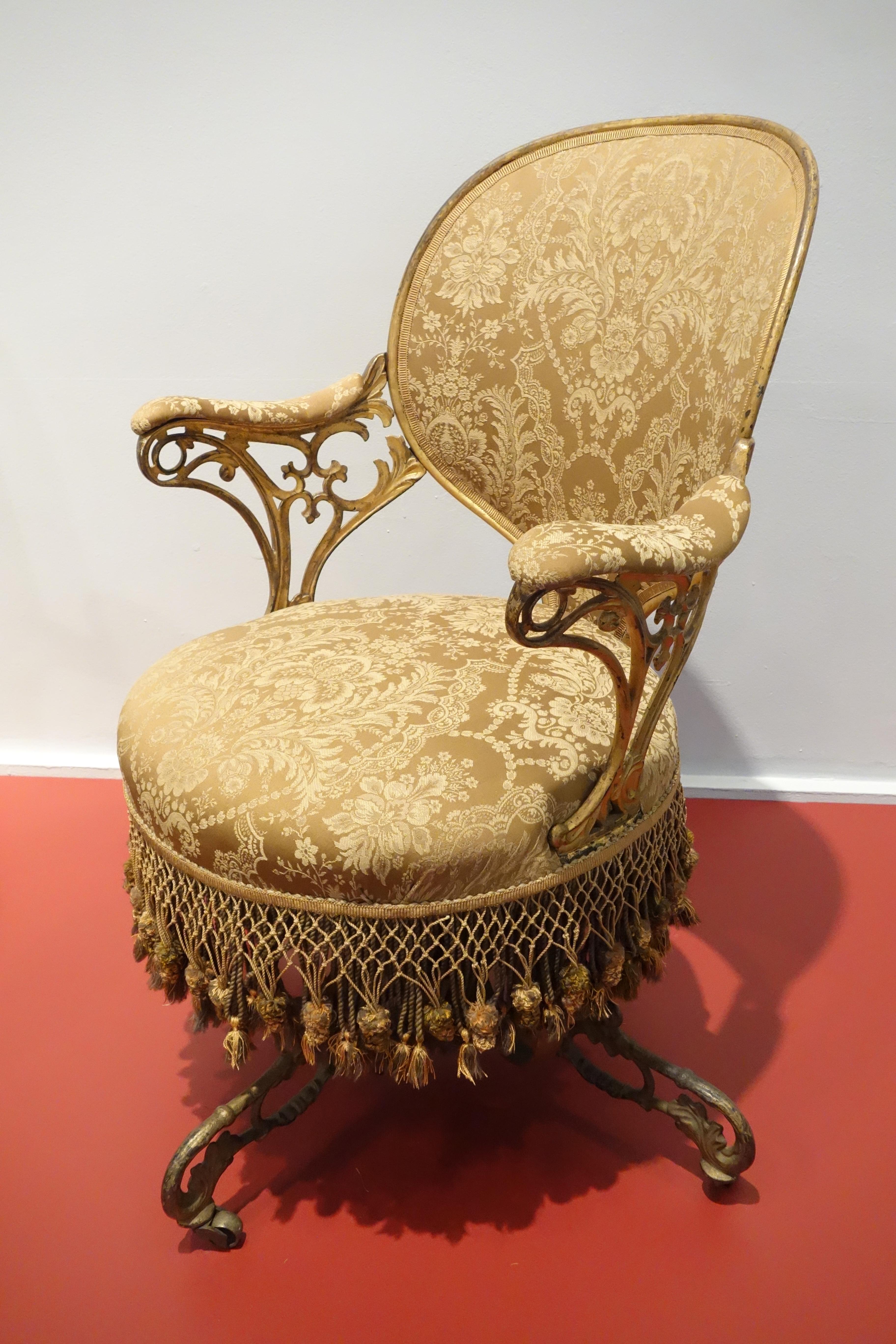 FileCentripetal Spring chair by Thomas E Warren