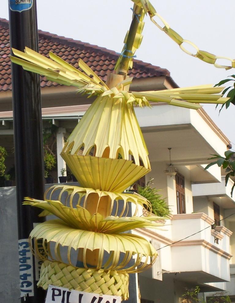 Hiasan Janur Kuning : hiasan, janur, kuning, Janur, Wikipedia, Bahasa, Indonesia,, Ensiklopedia, Bebas
