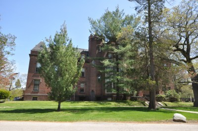 Butler Hospital - Wikipedia